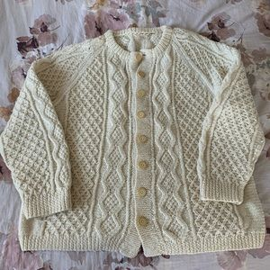 Beautiful Vintage Hand Knit Cardigan